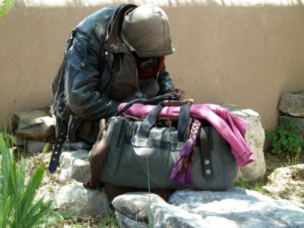 Muž se toulal dvacet let: setkání s bezdomovcem změnilo postoj ženy k životu