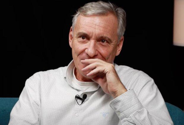 Jan Čenský z Ordinace v růžové zahradě dnes slaví 60.narozeniny: Herec prozradil, čemu se rád věnuje