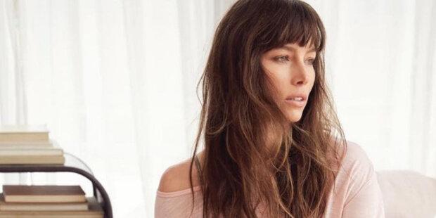 Odborníci řekli, jaká barva vlasů pomůže ženě vypadat mladší