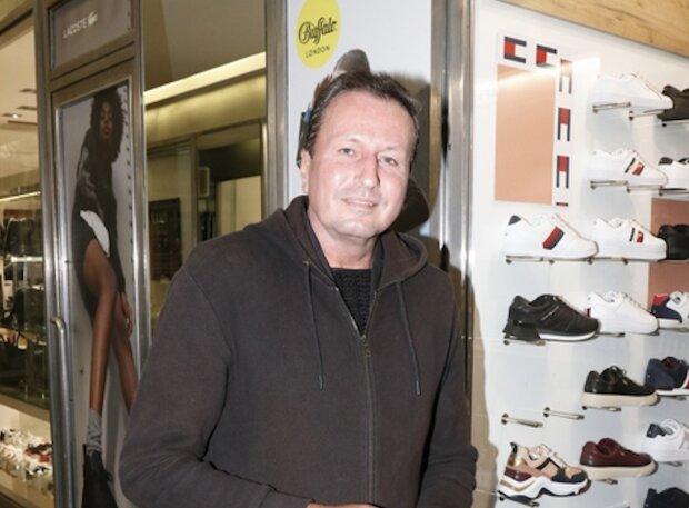 Bývalý moderátor Libor Baselides na premiéře muzikálu obdivoval krásnou Machálkovou