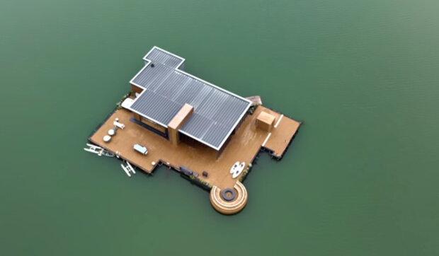 Plovoucí mořské sídlo s luxusními ložnicemi a terasami: jak dlouho stavba trvala