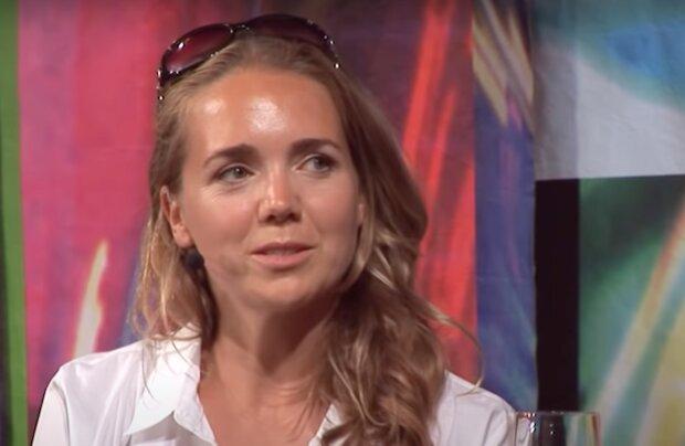 Už prý přes tři měsíce tají novou lásku: Lucie Vondráčková a spekulace o nové lásce