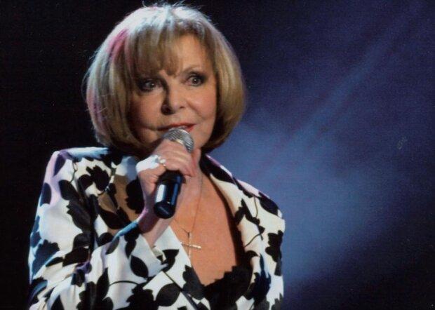 Jedna z nejoblíbenějších českých zpěvaček: Hanka Zagorová dnes slaví 75. narozeniny