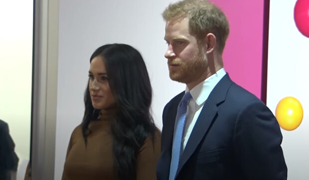 Princ Harry a Meghan Markle představili přání do Vánoc 2021: Na pohlednici královská rodina ukázala zrzavého synka, který trochu vyrostl