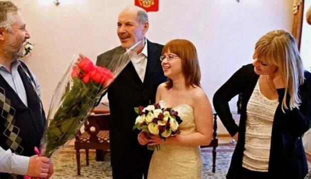 V 22 roky se dívka provdala za muže, který byl téměř o 40 let starší: jak nyní žijí