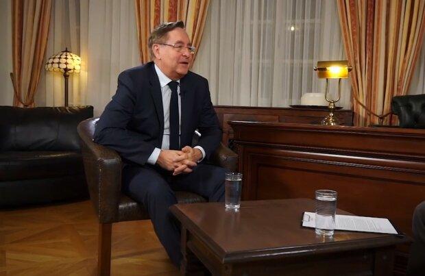 Ministr zdravotnictví Petr Arenberger oznámil, kdo se bude moci v nejbližších dnech zaregistrovat na očkování: Plány ministerstva na příští měsíce