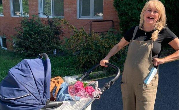 """Vendula Pizingerová promluvila o porodu: """"Jsem šťastná, že máme zdravé dítě"""""""