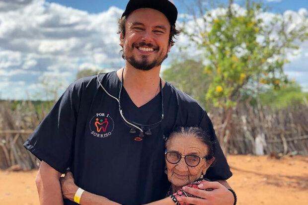 Brazilský zubař Felipe Rossi cestuje po světě a léčí lidem zuby zdarma: muž který má srdce na správném místě