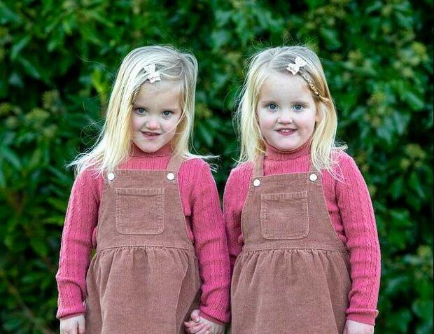 """""""Alenka v říši divů"""": identická dvojčata ve vztahu k sobě dělají opak"""