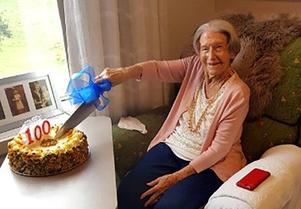 """""""Jezte více zeleniny"""": 100letá žena sdílela tajemství její dlouhověkosti"""