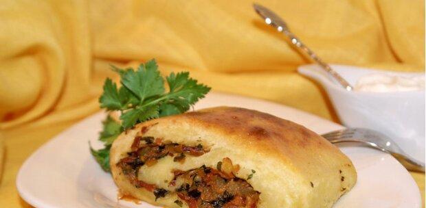Meklenburská praskající bramborová roláda: podrobný recept s fotografiemi