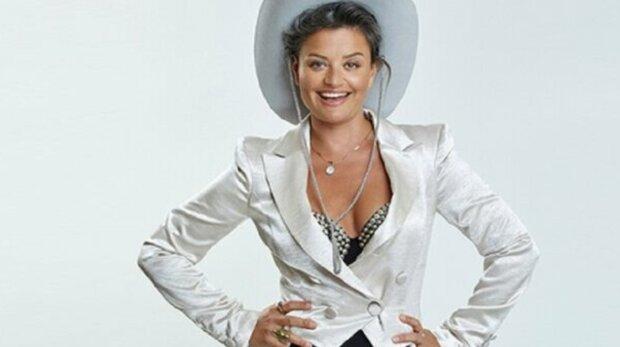 Nepříjemná situace na natáčení Tváře: Známá herečka prý kvůli viru zkolabovala