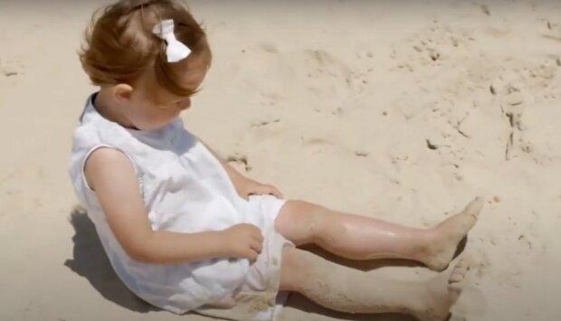 Holčička. Foto: snímek obrazovky YouTube
