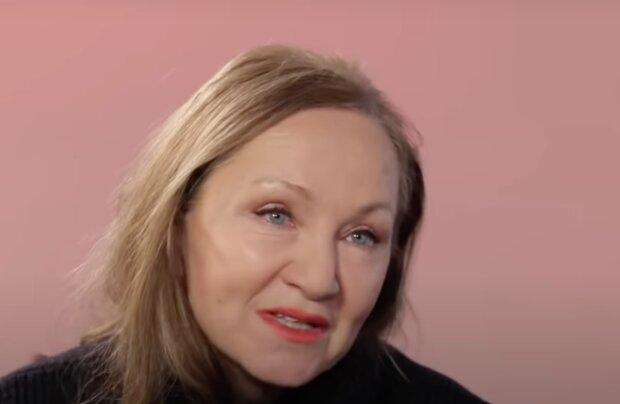 """""""Představuji si vedle sebe někoho, kdo mě vezme za ruku, upřímně a srdečně"""": Bára Basiková odtajnila, jak fungovalo soužití s manžely"""