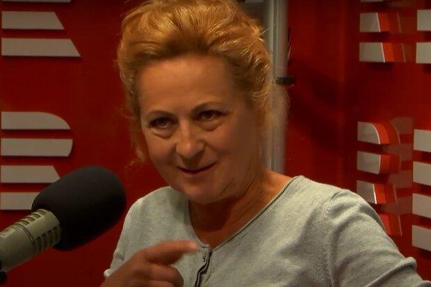 """""""V Pelíškách se stejně jako tady střídá tragikomedie"""": Simona Stašová se objeví v nové roli v komediálním cyklu"""