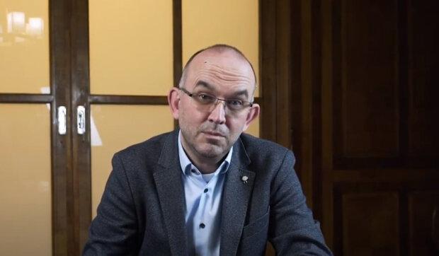 Jan Blatný o návratu žáků do škol: Co se změní po Velikonocích. Očkování v dubnu