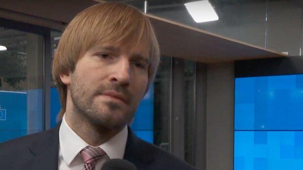 Povinné testování po návratu z dovolené: Adam Vojtěch řekl, čeho se v současnosti obává