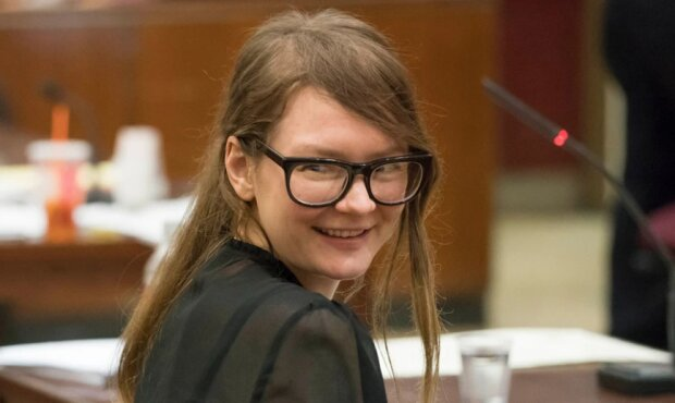 Podvodnice, která předstírala, že je bohatou dědičkou z Německa, byla propuštěná: Bude o ní natočen televizní seriál, podrobnosti