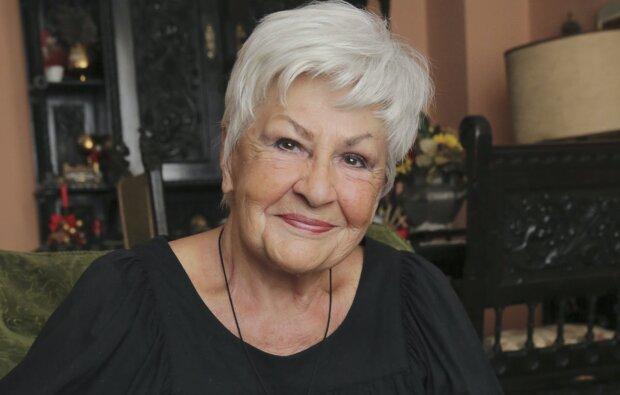Česko přišlo o legendární hlasatelku: Do nebe odešla Kamila Moučková