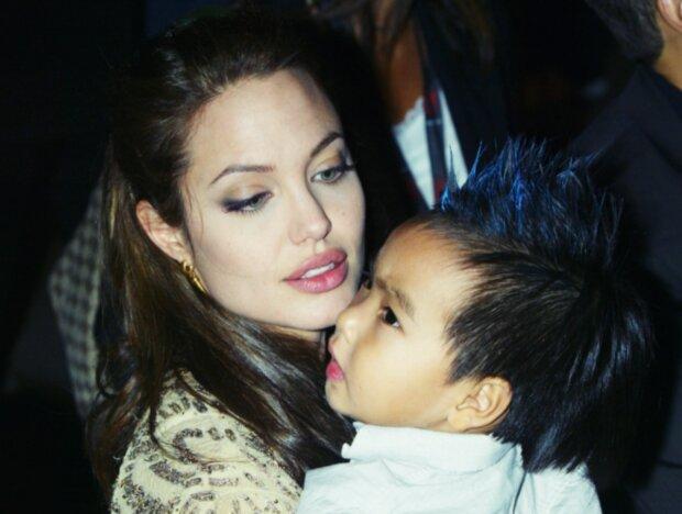 Angelina Jolie. Foto: snímek obrazovky laykni.com