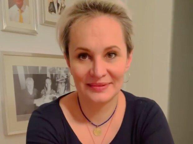 """""""Už mi nic neublíží"""": říká Monika Absolonová. Po rozchodu s Tomášem Hornou začínají vyplouvat na světlo nové informace"""