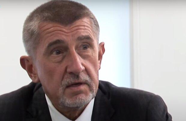 """""""Po týdnu si to vyhodnotíme"""": Je známo, co Andrej Babiš nabídl lidem za očkování"""