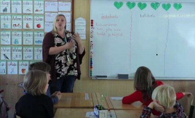 Škola. Foto: snímek obrazovky YouTube