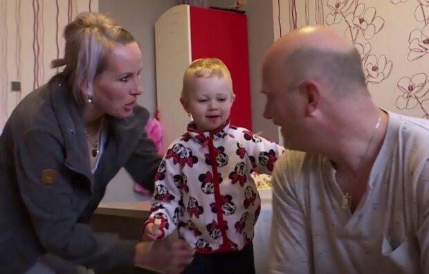 Výměna manželek. Foto: snímek obrazovky YouTube