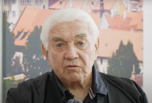 Zdravotní stav Jiřího Krampola: Je známo, zda herec a moderátor lituje svého rozhodnutí
