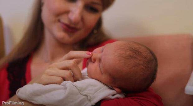 """""""Na takovou zprávu jsem nebyla připravená"""": Žena nevěděla, jak říct manželovi, že je těhotná s dvojčaty"""