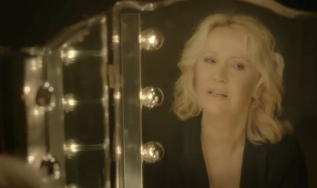 Krásná blondýnka ze skupiny ABBA: Agnetha Vose Faltskog. Fanoušci byli přesvědčeni, že to byla ona, kdo byl zodpovědný za rozpad kapely