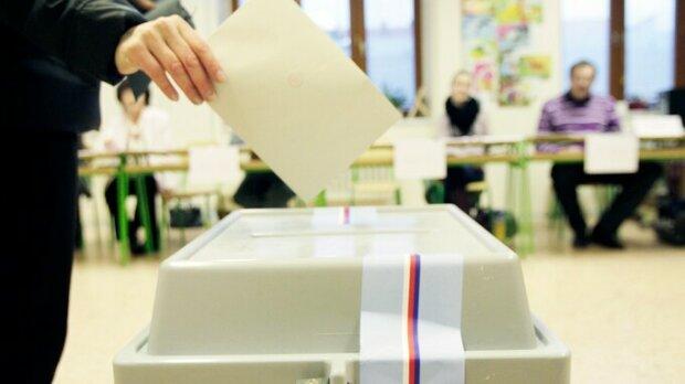 Volby skončily, začalo sčítání hlasů. Je známo, jaká byla celková účas