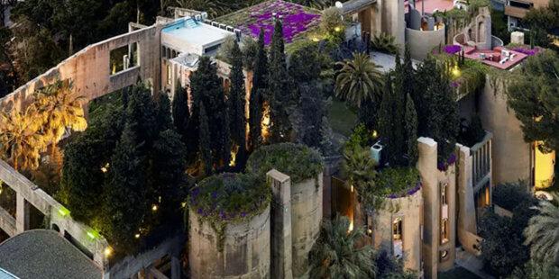 Muž koupil starou cementárnu a proměnil ji v luxusní vilu