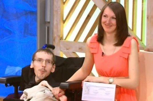 Anna a Gregory, který váží 20 kg, spolu už 9 let: milostný příběh, který pokořil miliony lidí