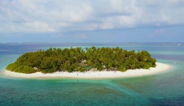 Ostrov na Seychelách . Foto: snímek obrazovky YouTube