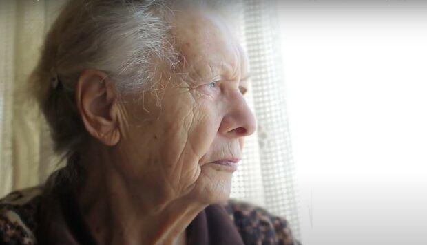 """Vnučka přišla ke své babičce, aby povídala o těžkém životě. Babička se zeptala: """"Mrkev, vejce nebo káva. Co si vybereš"""""""