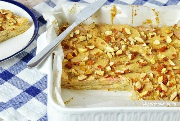 Jablečný koláč s mandlemi za půl hodiny