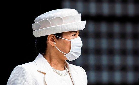 """""""Vzácné objevení se"""": Japonská císařovna Masako se poprvé po dlouhé době objevila na veřejnosti"""