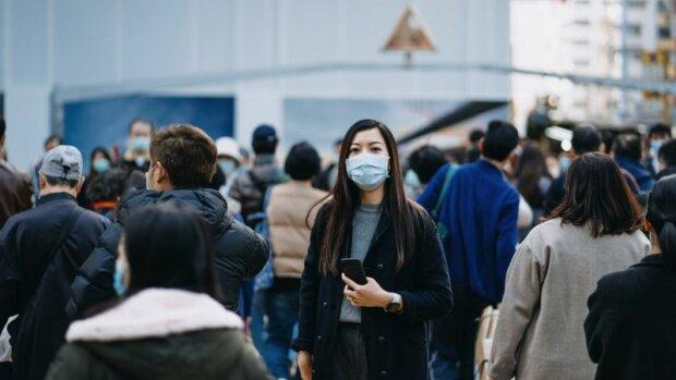 Masky jsou vhodným nástrojem pro ty, kteří se vyhýbají nepříjemným schůzkám ve městě se starými přáteli a známými: co si o tom myslí introverti