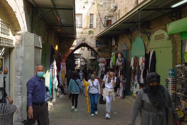 Izrael téměř dosáhl kolektivní imunity.Jak to funguje: očkování, podmínky a následky