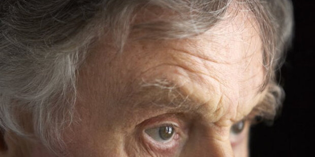 Výplata 5000 korun pro důchodce: Schválil by Senát takový zákon