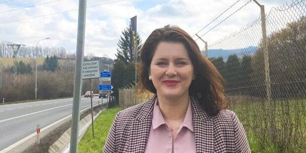 Nová informace: Jana Maláčová prozradila, kdy důchodci dostanou 5000 korun