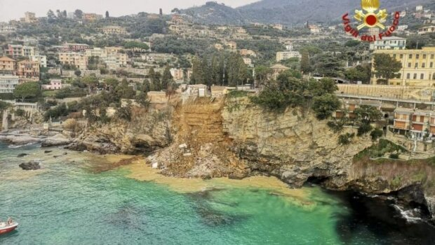 Stovky rakví s lidskými pozůstatky skončily v moři kvůli sesuvům půdy v severozápadní Itálii: podrobnosti uvidíte na videu