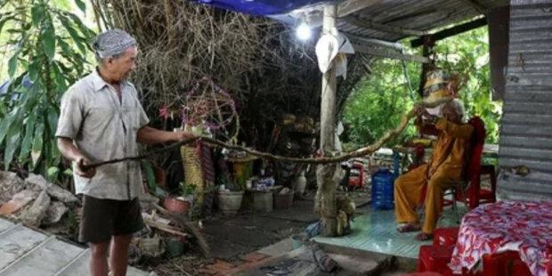 Kokosy zakázaly Vietnamce stříhat: muž si vlasy rozrostl už 80 let