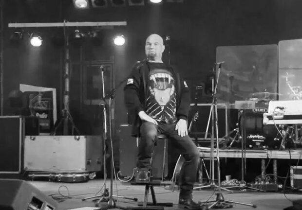 """""""Zastihla nás bohužel velice smutná zpráva"""": Přestalo bít srdce člena kapely Argema Zbyňka Horáka"""