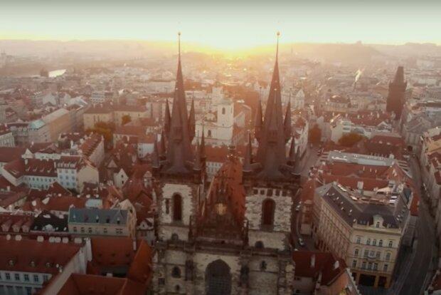 Tropické počasí, jen ne v celém Česku: Předpověď počasí. Jakých nejvyšších teplot se dočkáme