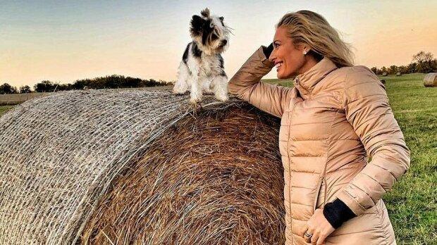 """""""Slunce, seno a pes"""":  Lucie Borhyová prozradila, jak si užila slunné počasí"""