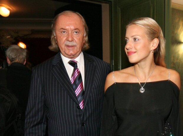 """""""Emilka za rok hrozně vyrostla"""": Je známo, jak teď vypadá dcera producenta Františka Janečka"""