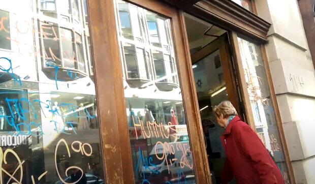 Jak budou fungovat obchody s potravinami na Silvestra: Co bude zavřeno