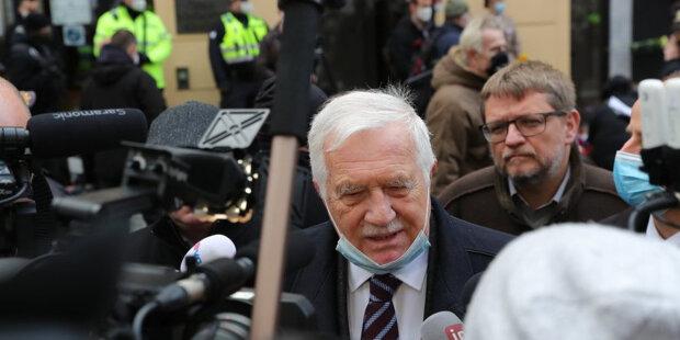 Jakou pokutu zaplatí bývalý ministr Roman Prymula a Václav Klaus za nenošení roušky: Co čeká Jaroslava Faltýnka